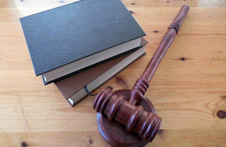 В августе в силу вступают сразу восемь новых законов