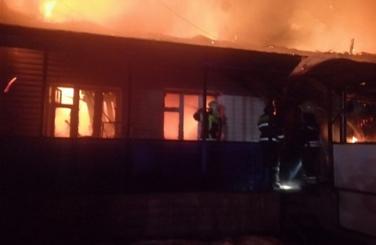 На месте пожара в Александровском районе нашли погибшего 54-летнего мужчину